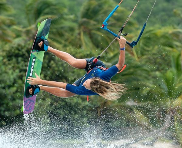 Kirsty Jones kitesurf